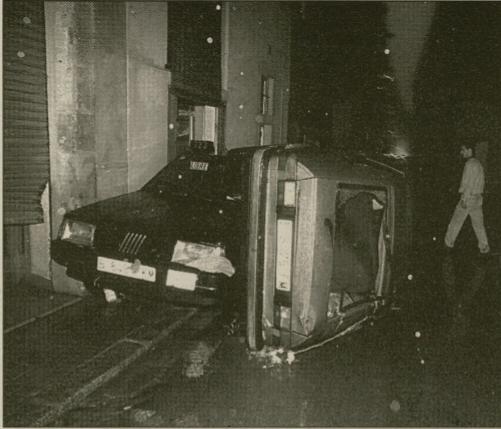 FIG01-foto_cotxes-arrossegats-Raval-Diari_Avui-23SET1995