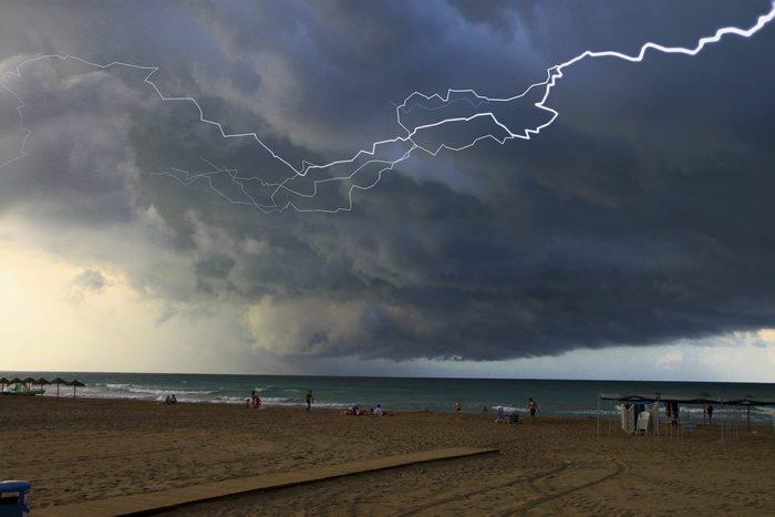 Llamps i tempesta