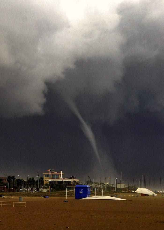 Tornado i tromba marina